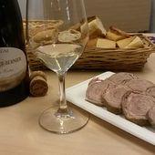 VIN ET ANDOUILLE - Emmanuel Delmas, Sommelier & Consultant en vins, Paris