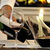 DECANTER LES VIEUX VINS ? - Emmanuel Delmas, Sommelier & Consultant en vins, Paris