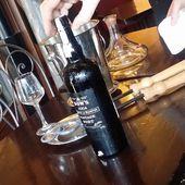 OUVRIR UNE BOUTEILLE DE PORTO A LA PINCE - Emmanuel Delmas, Sommelier & Consultant en vins, Paris