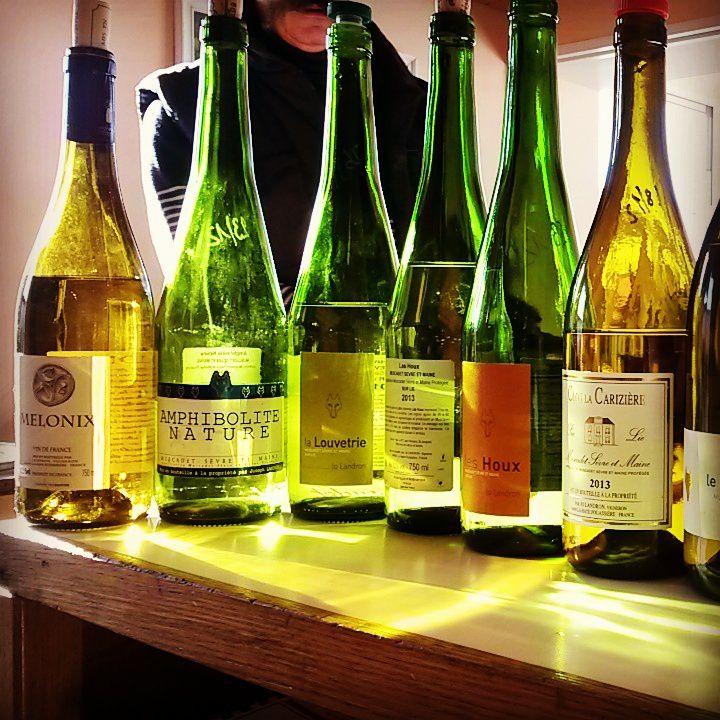 Les étincelants Muscadets de Jo Landron, très irrité par ce projet 'étrange' d'ajouter le colombard au melon de Bourgogne aux vins de Muscadet