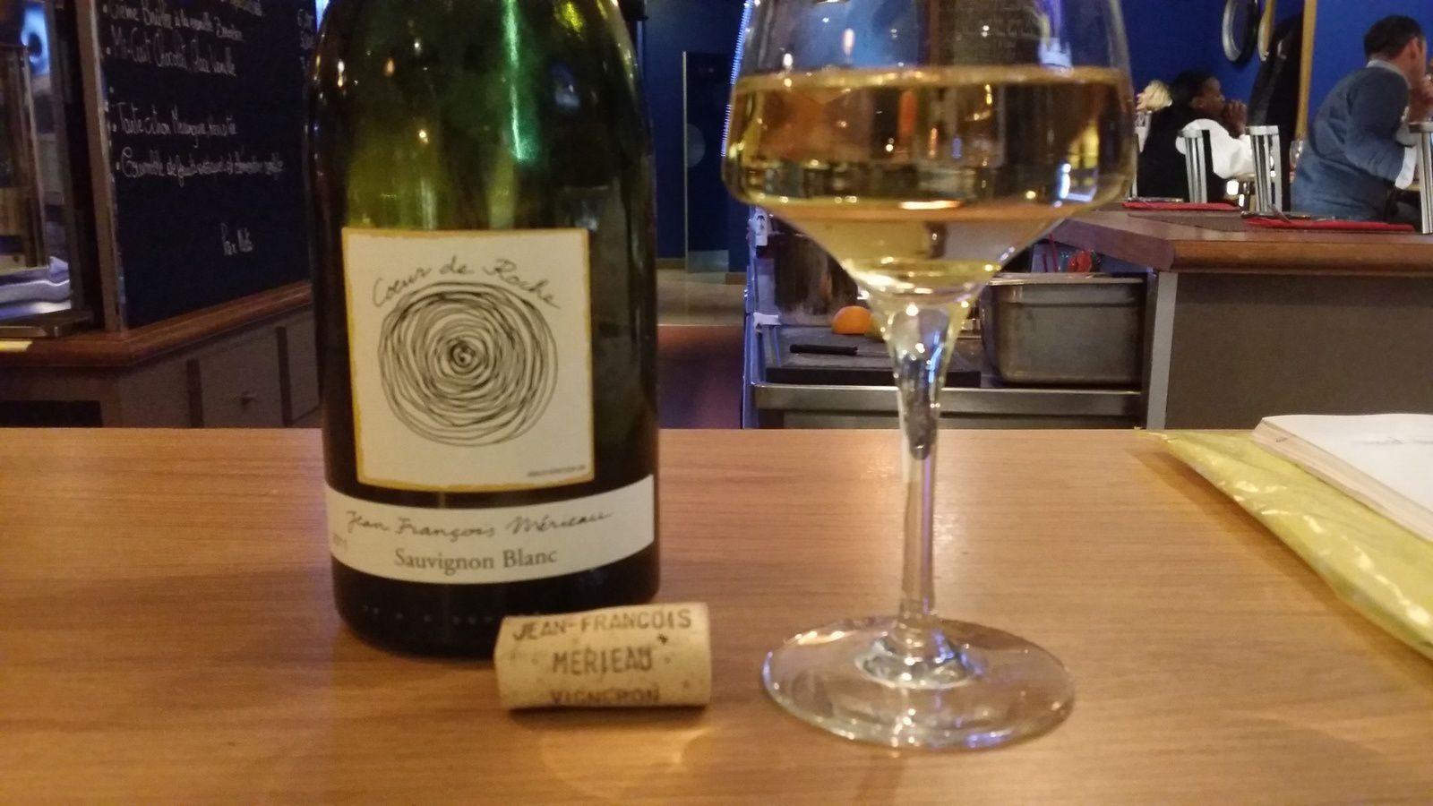 Le sauvignon blanc de Touraine offre un accord remarquable avec le fromage de chèvre de Ste Maure de Touraine...