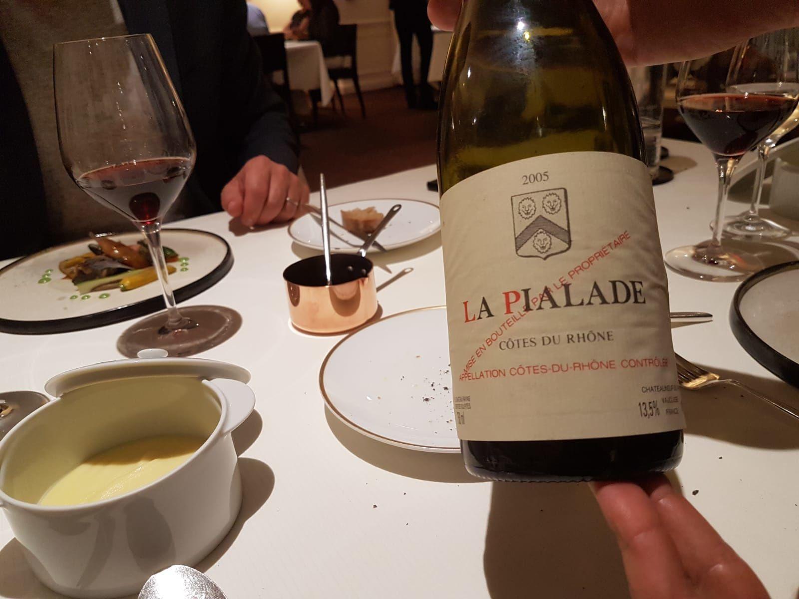 Un vin rouge évolué peut parfaitement accompagné une préparation à la truffe...